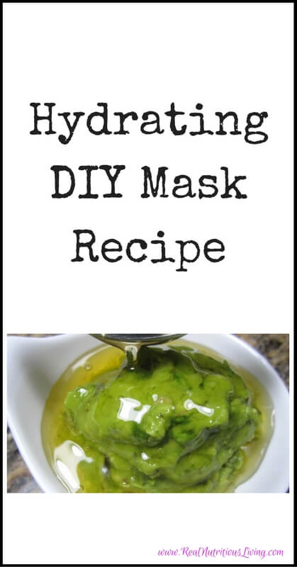Hydrating DIY Mask Recipe // realnutritiousliving.com