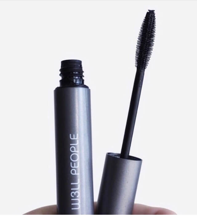 If you love using clean beauty products but have had a hard time finding a natural mascara that doesn't smudge, this post is for you. This Top BEST Clean Mascara guide will help you make a safe choice without sacrificing performance.