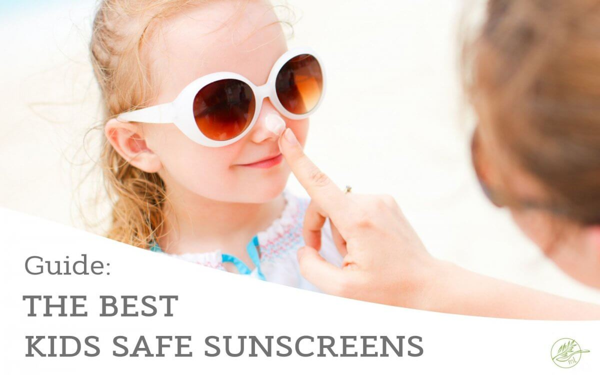 Looking for the best kids safe sunscreen and which ingredients to avoid? This guide will teach you the must avoid chemicals in sunscreen as well as the best safe sunscreen for the entire family, including, baby's, kids and pregnant mama's! #sunscreen #holidays #vacation #health #skincare